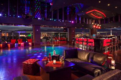 One Six Lounge 7 of 7
