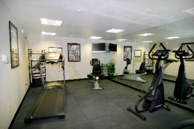 Fitness Center 5 of 9