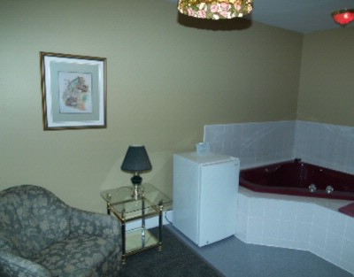 Guest Suite 5 of 8