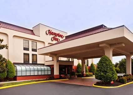 Hampton Inn / Petersburg / Hopewell 1 of 11