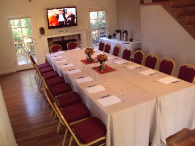 Vip Retreat-Meeting Space For 20 5 of 18