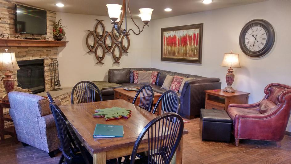 Beaver Creek West Condominiums 1 of 25