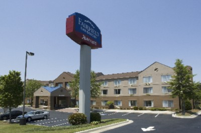 Fairfield Inn & Suites Marriot 1 of 8