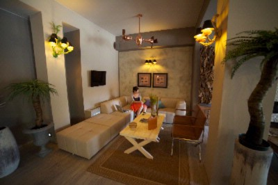 Guests Can Relax And Unwind In Our Charming Lounge With Fireplace After A Day Of Sightseeing 7 of 13