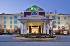 Holiday Inn Express I26 1 of 10