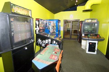 Game Room 5 of 11