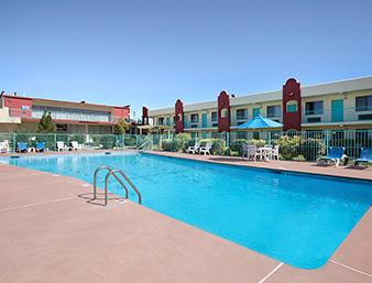 Largest Outdoor Pool In Santa Fe 10 of 15