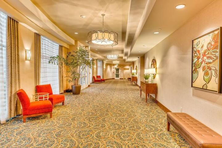 Holiday Inn Gulfport Pre Function Space Is Located Outside The Palms 1&2 Event Rooms 14 of 23