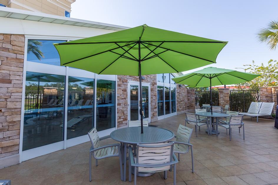 Holiday Inn Gulfport Patio Area 19 of 20