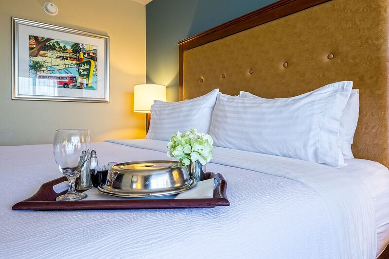 Room Service Is Available To All Guest During Restaurant Hours At The Holiday Inn Gulfport 21 of 23