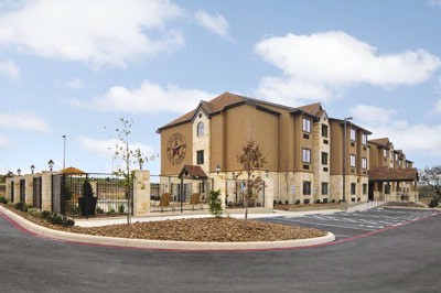 Microtel Inn & Suites by Wyndham San Antonio by Se 1 of 10