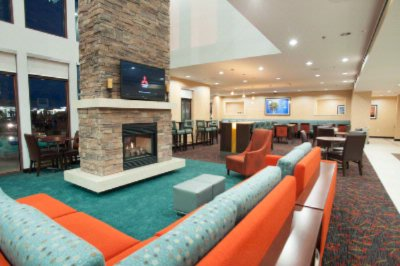 Interior Of New Lobby Building With Over 4000 Square Feet Of Stylish And Comfy Guest Lounging And Dining Area. 5 of 25
