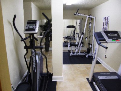 Fitness Facility 9 of 10
