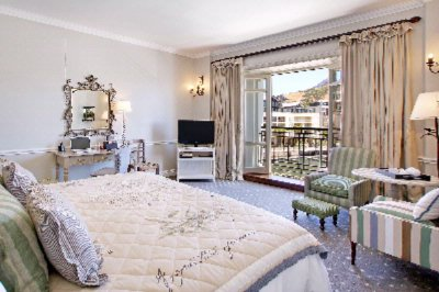 Table Mountain Luxury Room 5 of 9