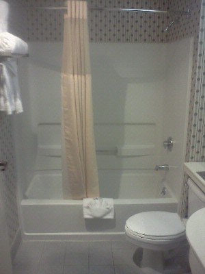 Bathroom 3 of 7