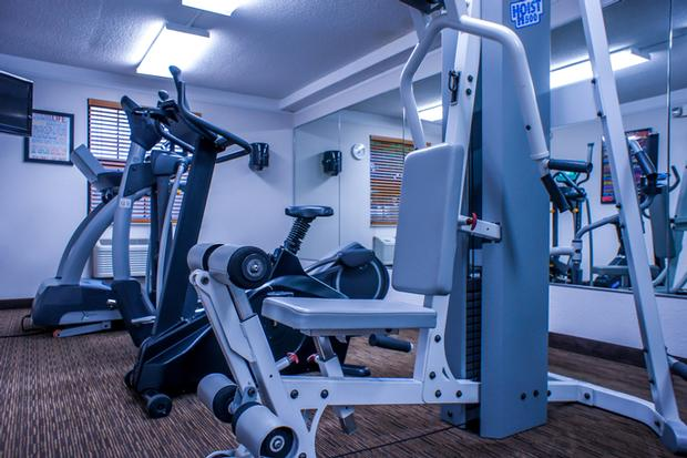 La Quinta Inn Moline -Fitness Center 10 of 11