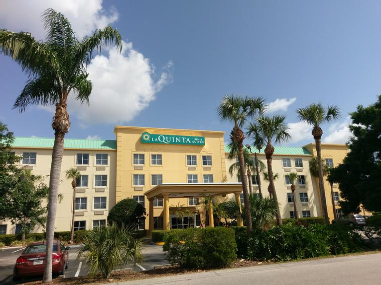 La Quinta Inn & Suites Melbourne / Viera 1 of 11