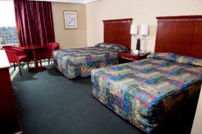 2 Double Bed Room 4 of 5