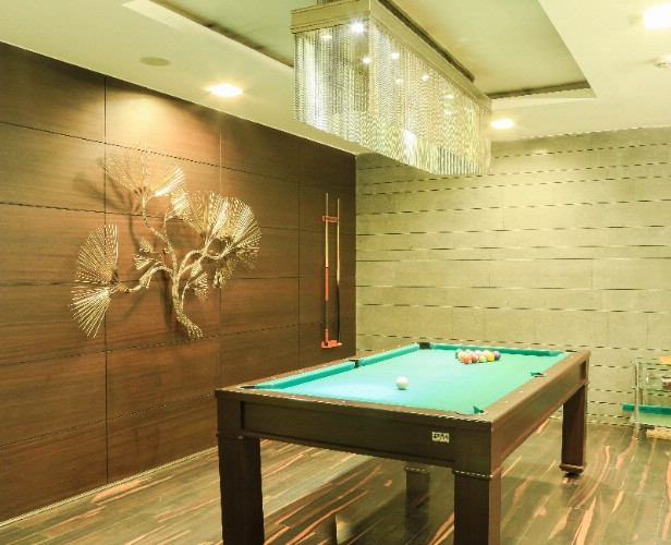 Pool Room 6 of 7