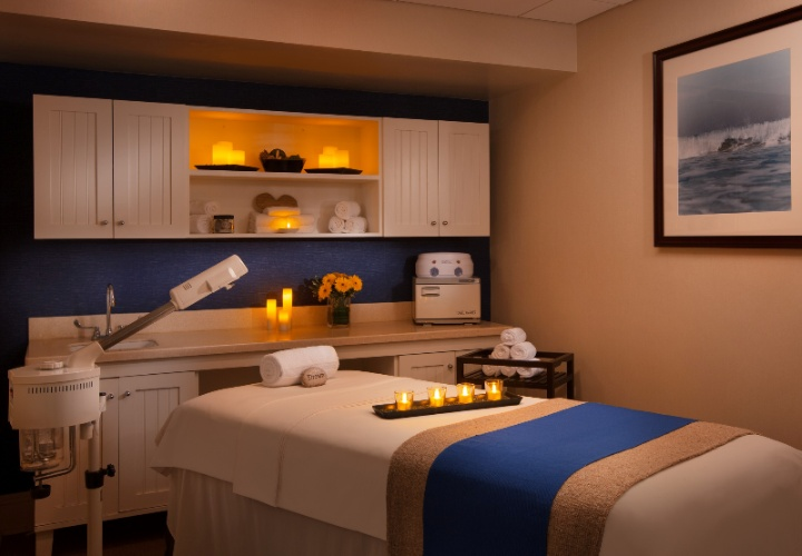 Island Breeze Spa -Facial Treatment Room 20 of 25