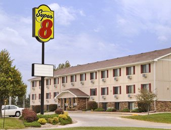 Kirksville Super 8 Motel 1 of 6