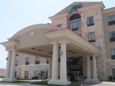 Holiday Inn Express Hotel & Suites Del Rio 1 of 7