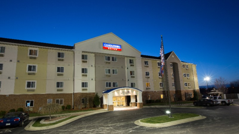 Candlewood Suites Springfield South 1 of 10