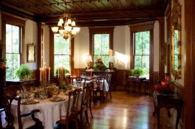 Dining Room 6 of 16