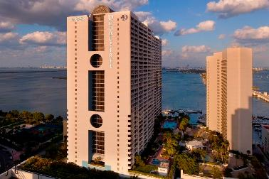 Doubletree by Hilton Grand Hotel Biscayne Bay 1 of 12