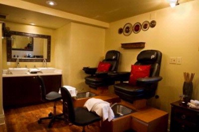 The Spa -Massaging Pedicure Chairs 10 of 31