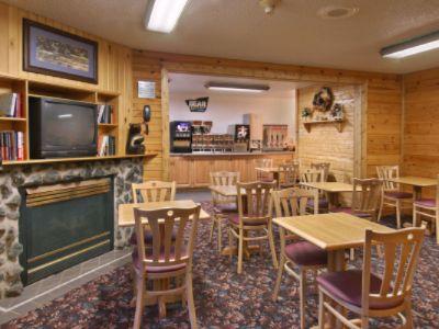 Americas Best Value Inn Duluth Spirit Mountain Inn 9315 Westgate Blvd. Duluth  MN 55810