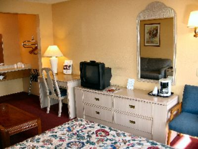 All Queen Mini-Suites Have Alot To Offer 6 of 11
