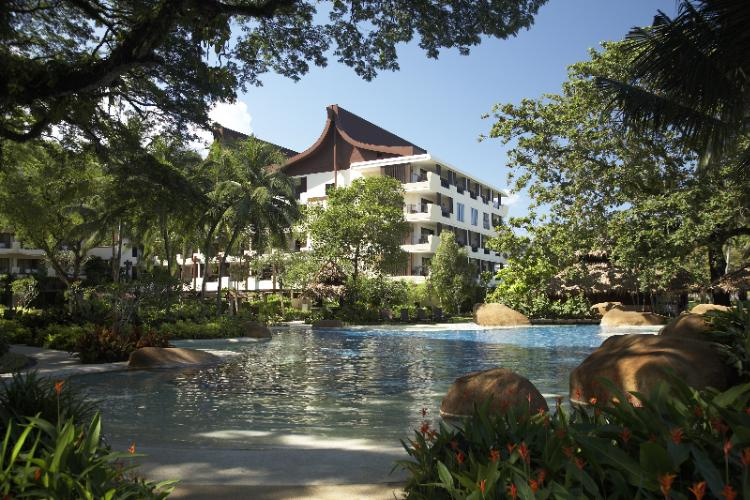 Shangri-La\'s Rasa Sayang Resort & Spa Pool 3 of 18