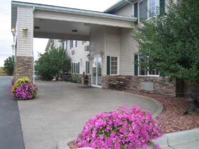 Guesthouse Inn & Suites Miles City 1 of 7