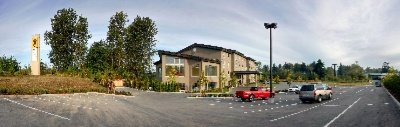 Comfort Inn & Suites Langley / Aldergrove 1 of 13