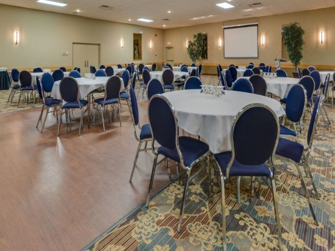 Banquet Room: Rounds 19 of 22