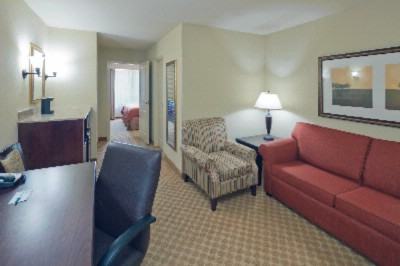 1 Bedroom King Suites 4 of 12