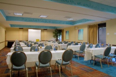 Host Your Business Meeting Or Wedding Brunch In Our Inspiration Meeting Room! 10 of 16
