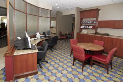 Business Center With Wireless Internet 8 of 11