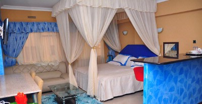 Deluxe Rooms/ Double Superior Beds 2 of 12