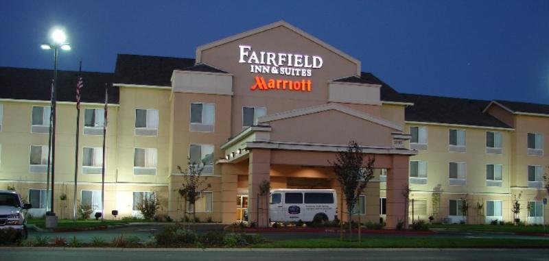 Fairfield Inn Suites Sacramento Airport 2730 El Centro Rd Ca 95833