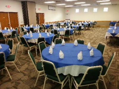 Banquet Room 2 of 6