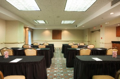 Ballroom Set Classroom Style With Linens 10 of 15