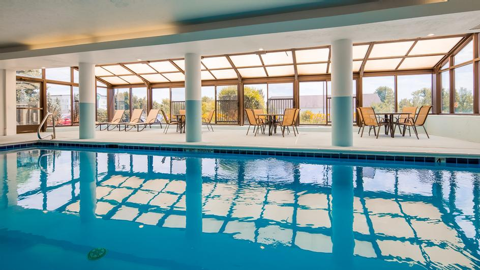 Indoor Pool In Our Large Atrium With Retractable Sunroof 3 of 25