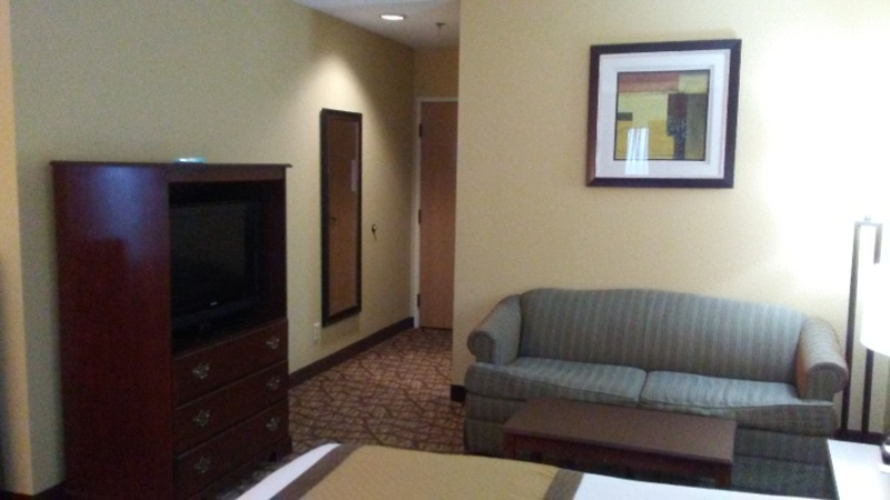 Whirlpool Suite 21 of 25