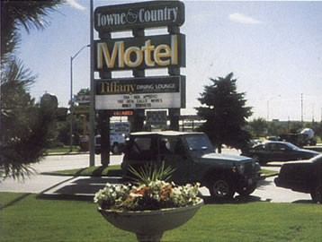 Image of Towne & Country
