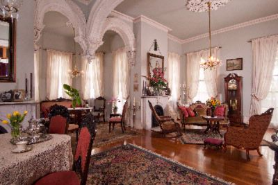 Formal Parlor 3 of 11