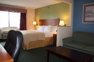 Our Spacious One Room Suites With All The Amenities You Want And More 7 of 18