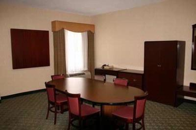 Our 400 Sq Ft Conference Room Is Perfect For Meetings Or Social Gatherings. 10 of 10