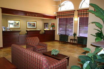 Newly Renovated Lobby With Business Centre 2 of 8